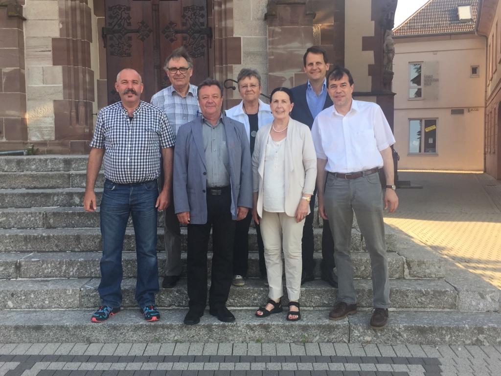 Christa Wandler (Dritte von rechts) im Kreise ihrer CDU-Gemeinderatsfraktion.
